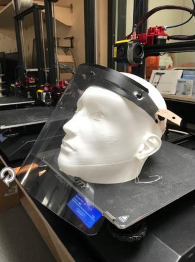 Visière fabriquée par imprimante 3D © Elliptika