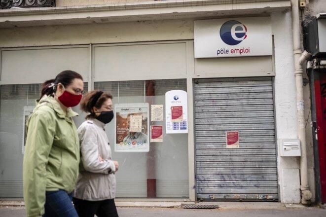 Une agence Pôle emploi à Paris, le 21 avril 2020. © Hugo Passarello Luna/Hans Lucas via AFP
