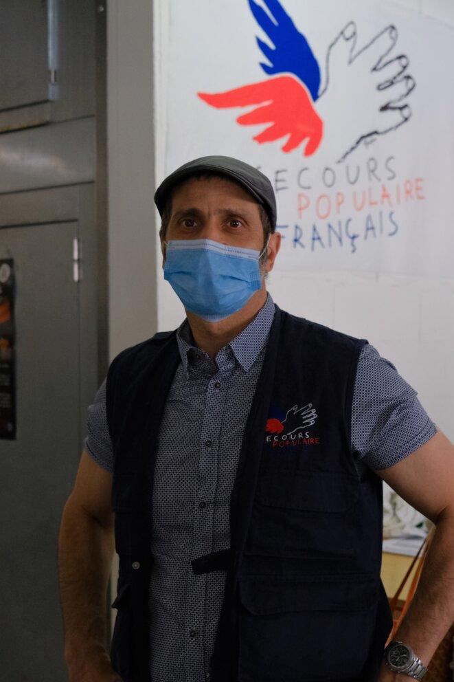 Abdelsem Ghazi, secrétaire général de la fédération de Paris du Secours populaire. © Antoine Peillon (Ishta)