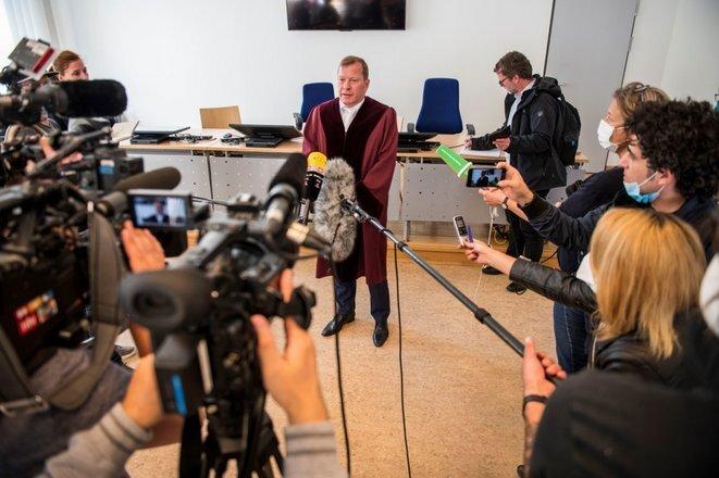 El fiscal Jasper Klinge responde a las preguntas de los periodistas el 23 de abril de 2020. © Thomas Lohnes/AFP