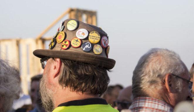 Un chapeau, un homme, des convictions !