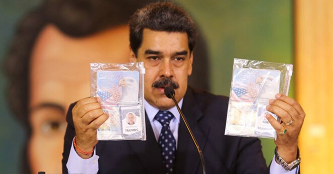 Maduro exhibe les passeports de deux mercenaires états-uniens… © inconnu