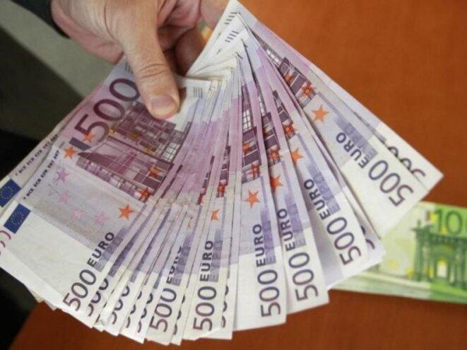 L'argent pour les étrangers © Pierre Reynaud