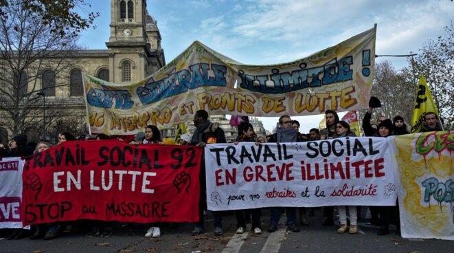 [compte Facebook de la Commission de Mobilisation du Travail Social Ile-de-France]