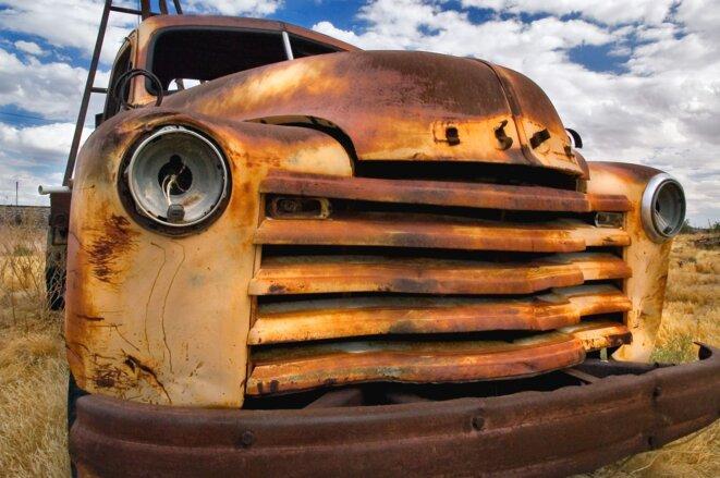 ruine de camion. © Photo-Libre.fr