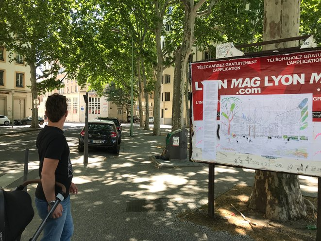 Apaiser la ville - Affichage sauvage sur la place du Prado d'une proposition de modification de la place du Prado - Lyon 7e -