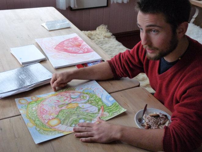 Chacun de ses dessins sont colorés et ont toujours une explication associée. © loréna Orbe