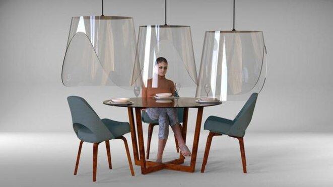 Cloches en plexiglas © Christophe Gernigon