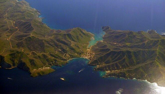 L'île de Catalina possède deux villages, Two-Harbours, connue sous le nom de « l'Isthme », avec 300 habitants, et Avalon. Il n'a qu'un seul restaurant, un hôtel et un magasin général. © Anonyme