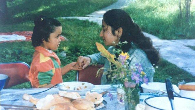 Ma mère et moi lorsque j'étais petite.