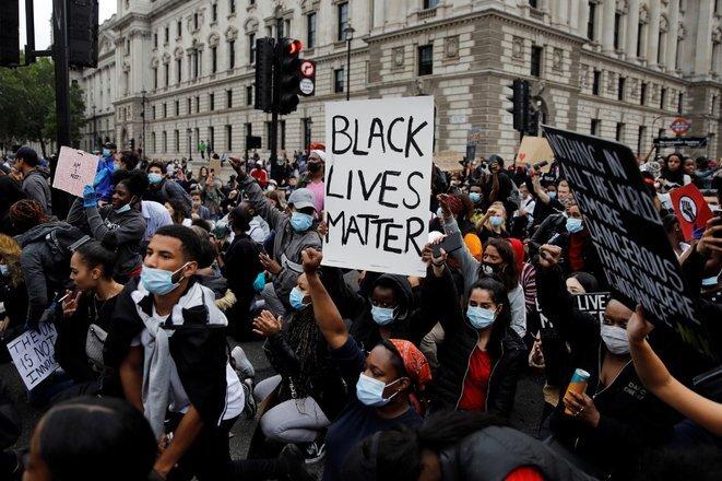 Manifestación en Londres el 3 de junio de 2020. © Tolga Akmen/AFP