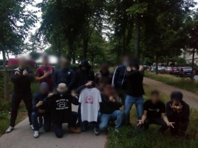 La photo de revendication diffusée par les Zouaves Paris et prise avenue du Maréchal-Lyautey, dans le XVIe arrondissement de Paris.
