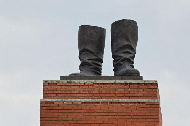 Les bottes de la statue deStalineabattue lors de l'insurrection de Budapest, en1956, conservées aujourd'hui au Memento Park de la capitale hongroise.