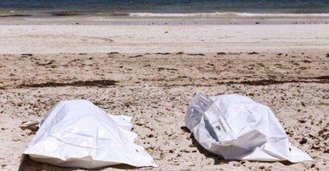 Migrants: naufrage Tunisie, récupérés 24 cadavres, 19 femmes, un homme, deux enfants (ANSAMED)