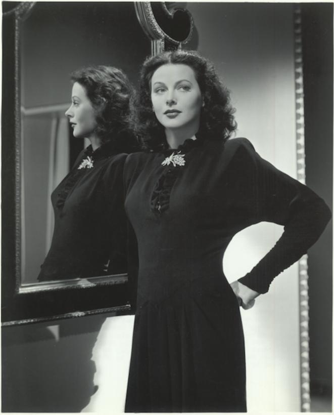 Hedy Lamarr à Hollywood en 1944. Photo Laszlo Willinger pour MGM