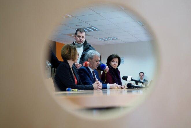 Christophe Bouchet (au centre) donne une conférence de presse en février 2018. © GUILLAUME SOUVANT / AFP
