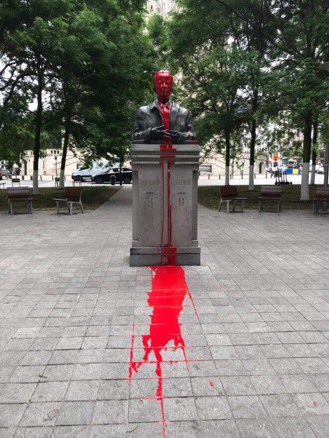 Intervention sur la statue du roi Baudouin -Bruxelles juin 2020