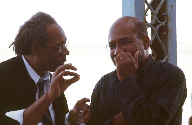 Jacques Coursil et Patrick Chamoiseau, à Carthage lors du colloque international « Autour d'Édouard Glissant ».