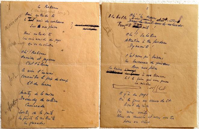 Deux des trois pages du manuscrit du Chant des partisans. © Musée de la Légion d'honneur et des ordres de chevalerie, Paris.