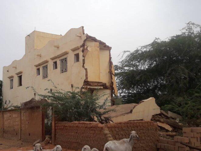Les ruinesde l'hôtel de Moctar Cissé, à Douentza. © DR
