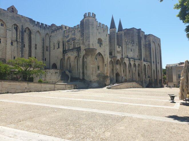 Le Palais des papes à Avignon. © CH
