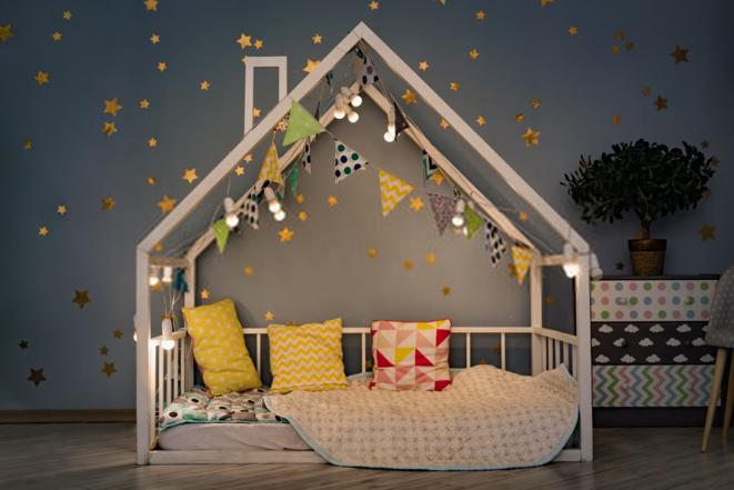 lit-cabane-montessori-avec-ou-sans-barriere-1