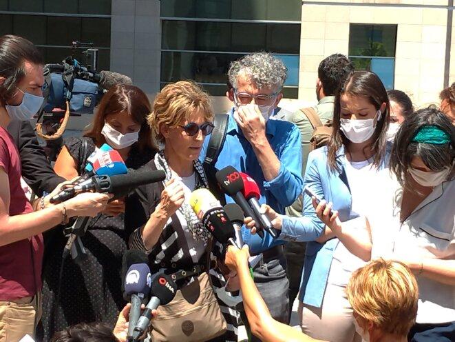 Agnès Callamard, rapporteure spéciale des Nations unies sur les exécutions sommaires, à l'issue de la première audience du procès Khashoggi à Istanbul. © NC