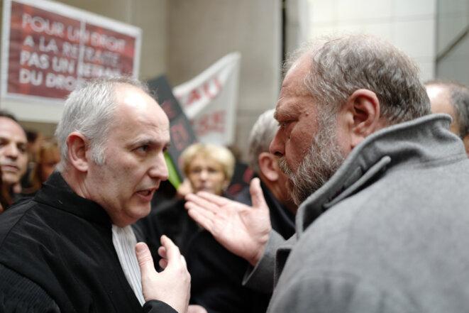 Éric Dupond-Moretti râle contre la grève de ses confrères, le 2 mars au tribunal de Nice. © AFP