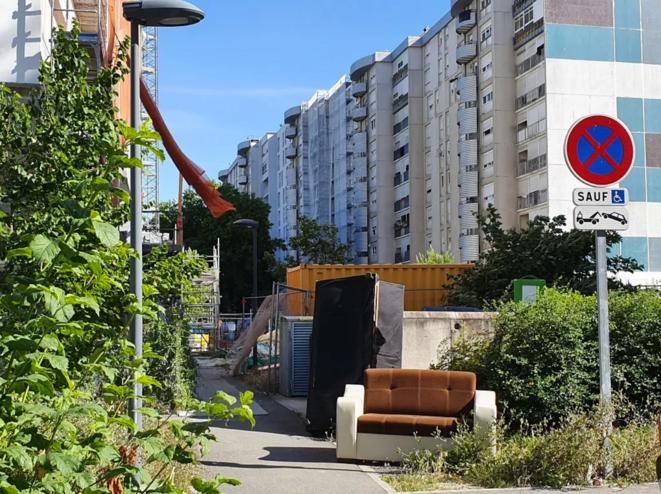Au quartier du Mas du Taureau, à Vaulx-en-Velin. © Mathieu Périsse/Mediacités