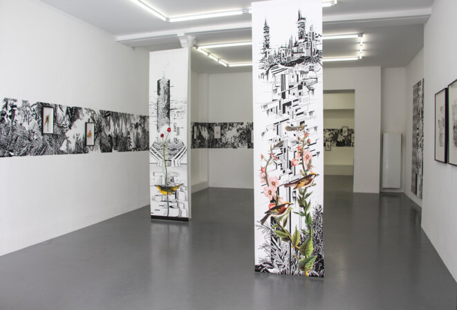 """Vue de l'exposition """"... Et des échelles pour les oiseaux"""" de Chourouk Hriech, 2020. © Chourouk Hreich, Courtesy galerie Anne-Sarah Bénichou"""
