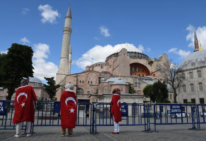 Devant le musée Sainte-Sophie, le 10 juillet 2020 à Istanbul. © Sputnik via AFP
