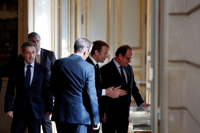 Emmanuel Macron, François Hollande et Nicolas Sarkozy à l'Elysée en décembre 2017 © Yoan Valat / AFP