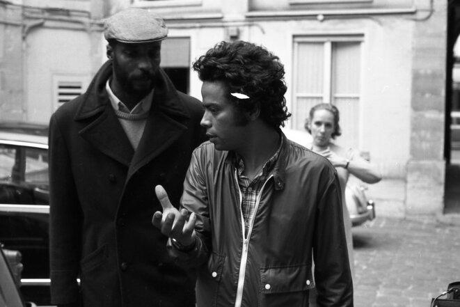 Robert Liensol et Med Hondo sur le tournage de Soleil Ô © François Catonné / Ciné-Archives