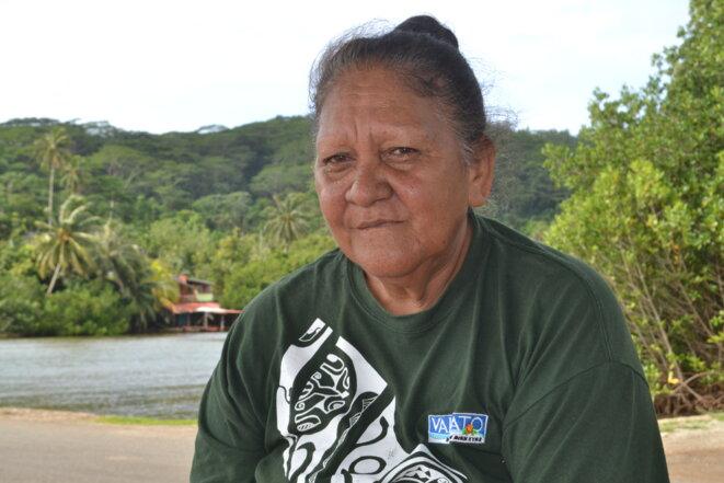 """Marguerite Taputu vit sur l'île de Tahaa et se soigne à Tahiti lorsqu'elle le peut ou bien elle doit être """"évasanée"""" en France. © JS"""
