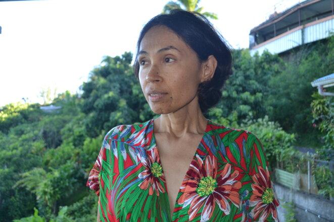 Heiata Maopi, photographiée ici depuis chez Béatrice Marro, à Faa'a, dans le quartier de Pamatai, conteste le montant de l'indemnisation de ses cancers dus aux essais nucléaires français. © JS