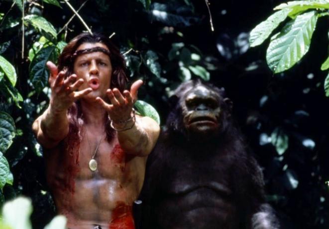 Christophe Lambert et un singe, dans «Greystoke».
