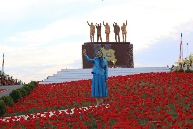 Maryam Radjavi à Achraf-3, le 17 juillet 2020, lors du sommet pour un Iran libre.