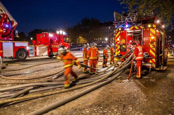 notre-dame-pompiers-4