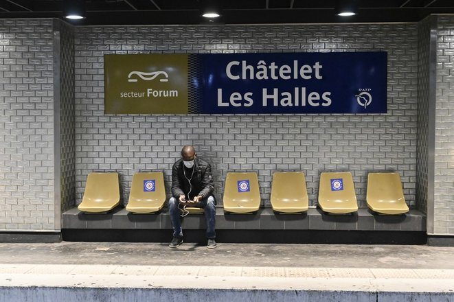 À la station de Châtelet-Les Halles, le 11 mai. © Remi Decoster / Hans Lucas via AFP