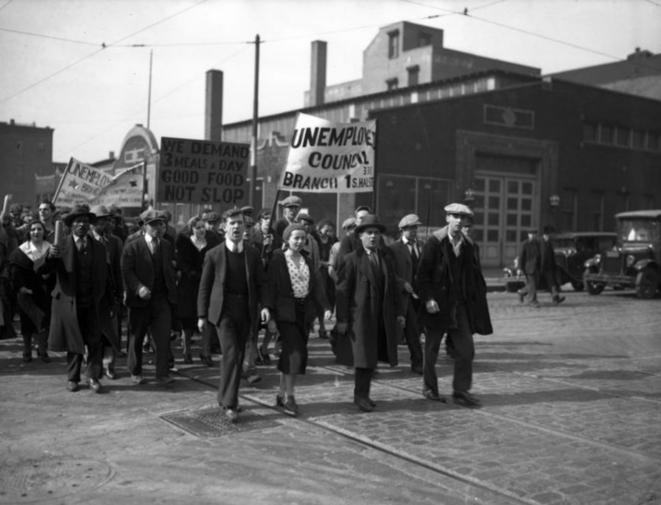 Une manifestation de conseil de chômeurs à Chicago en 1932. © DR