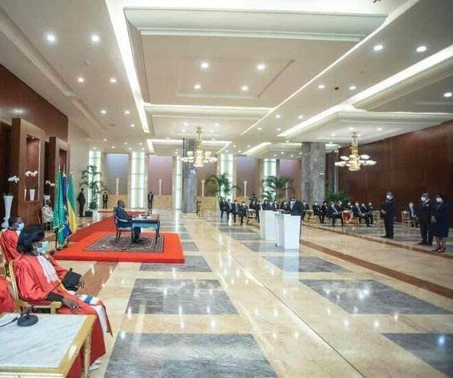 Palais présidentiel, Libreville, mercredi 22 juillet 2020 | Prestation de serment des membres du gouvernement du 1ère Ministre, Mme Rose Christiane Ossouka Raponda, devant le chef de l'Etat Ali Bongo Ondimba.