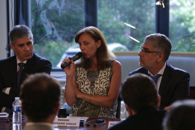 Stéphanie Gibaud à l'ambassade d'Argentine