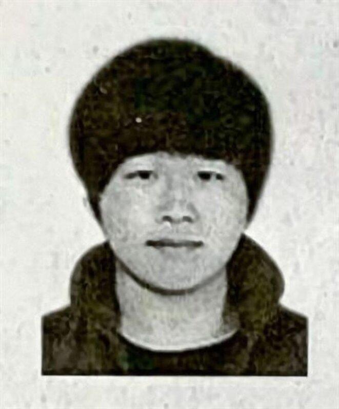 Cho Joo-bin, chef du réseau criminel Nth Room en Corée du Sud, sort d'un poste de police à Séoul le 25 mars : plus de 100 suspects ont été arrêtés dans le cadre du scandale du Telegram.