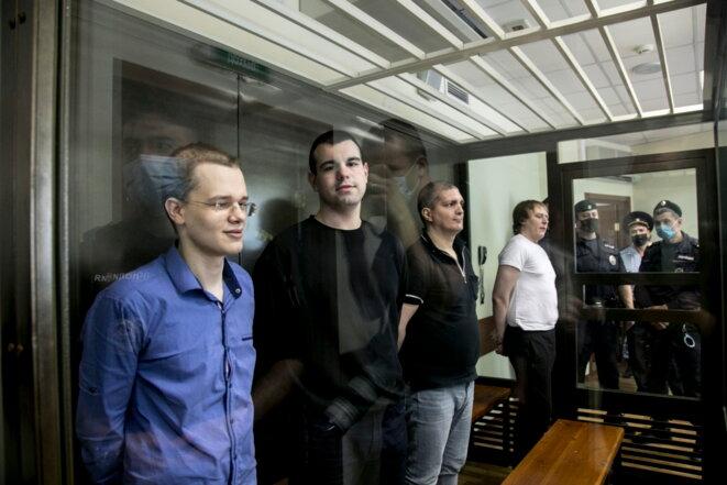 """Kryukov, Kostylenkov, Karamzin et Poletaev. © Vlad Dokshin / """"Novaya Gazeta"""""""