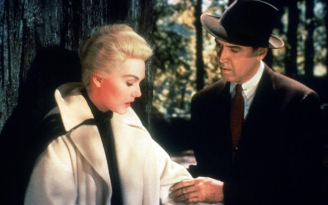 Sueurs froides, A. HItchock: Madeleine et Scottie à Muir Woods