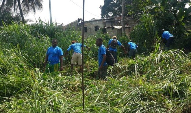 Gabon | Engagement citoyen des jeunes dans les travaux d'amélioration du cadre de vie.