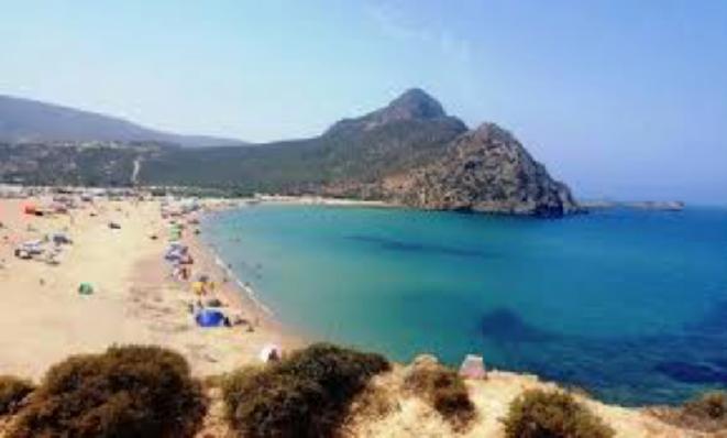 La plage de Magdah à Oran