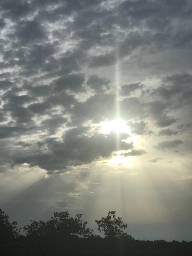 Pour réveiller les nuages / Repos des repus / Dans la mollesse des jours / Anges assoupis © JNC