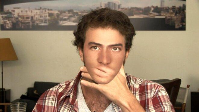 Avi Mograbi filme un soldat israélien ayant participé à une opération vengeresse contre des Palestiniens innocents