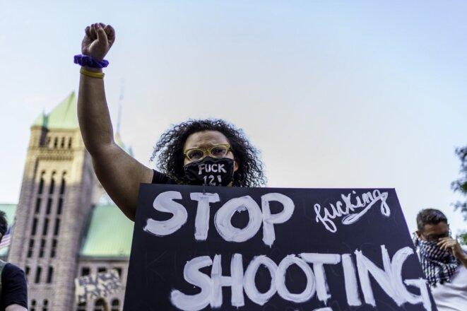 Une manifestante à Minneapolis le 24 août 2020. © Kerem Yucel/AFP
